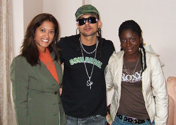 Sean Paul with Lorraine Zander and Shenieka Metcalf-Russell from Faze Magazine