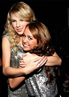 Taylor Swift Miley Cyrus Hug