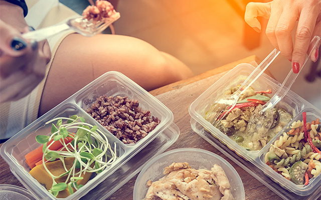 Meals and Snack Tupperware