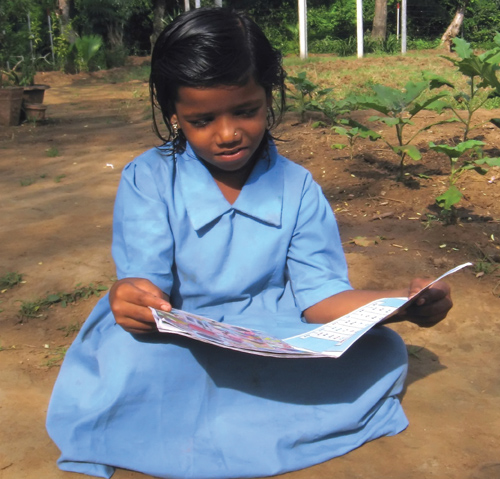 indian-girl-reading