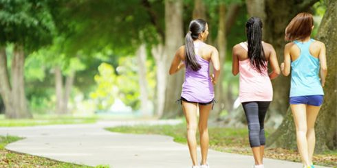 Fitness - Girls Walking
