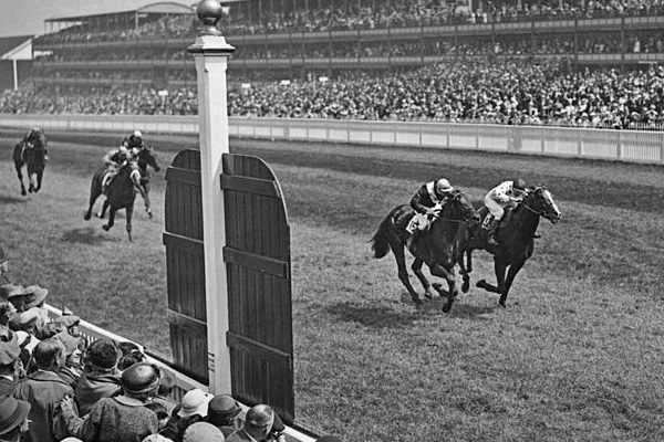 Quashed and Omaha in the Gold Cup at Ascot – 1936