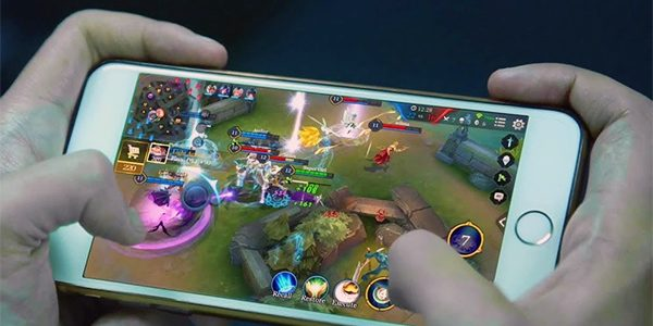 MOBA Honor of Kings on mobile phone