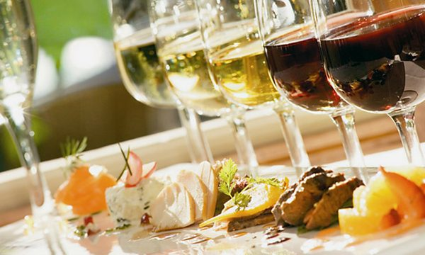 wine tasting food pairing girls' night out