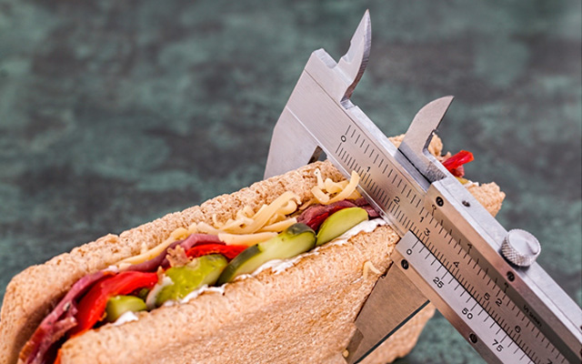 measure that sandwich counting calories