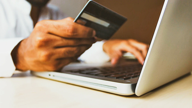online shopping credit card debt
