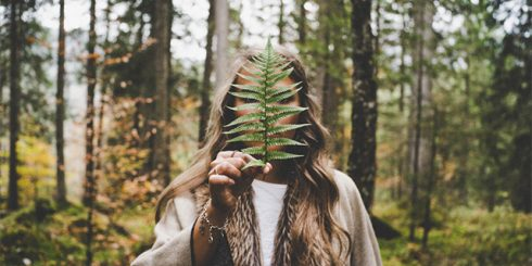 hiding forest girl - disappear from internet